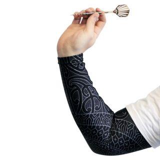 Enduro Shot! Dart Compression Sleeve heeft Stretch materiaal wat 360 graden rekt. Helpt moeheid tegengaan en zorgt voor sneller herstel van de spieren omdat het de spieren goed warm houd.
