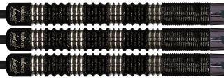 20-22-24 gram# De Black Noir versie van de wedstrijd Darts van de Unicorn Dartspeler James Wade! Deze 90% tungsten dartpijlen hebben een grofe grip en loopt door tot de shaft.